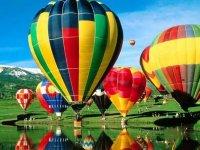 Bonita imagen de globos aereos