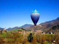 Volar en globo en Girona