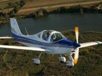 在Cerdanya无动力的飞机航班