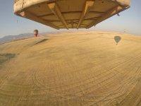 Despegando junto a otros globos aerostáticos