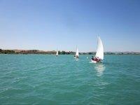 Aprender a navegar en vela
