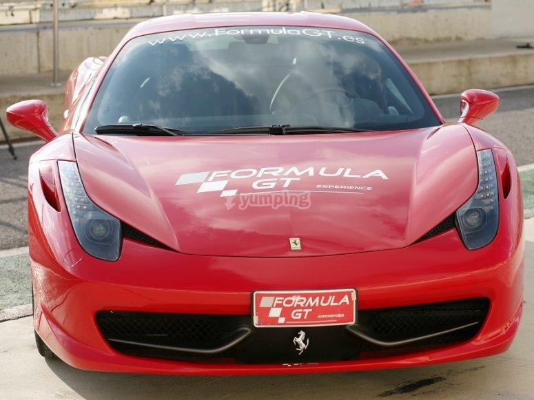 Conduciendo Ferrari F458 en Cheste