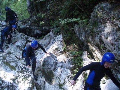 Abedul Guías de Montaña Barranquismo