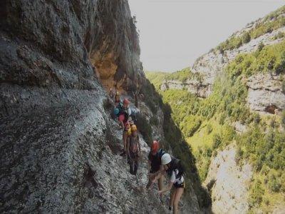 Abedul Guías de Montaña Vía Ferrata