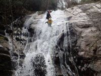 Placing the rope in the waterfall