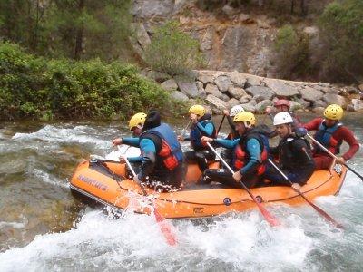 Rafting para team building en Montanejos