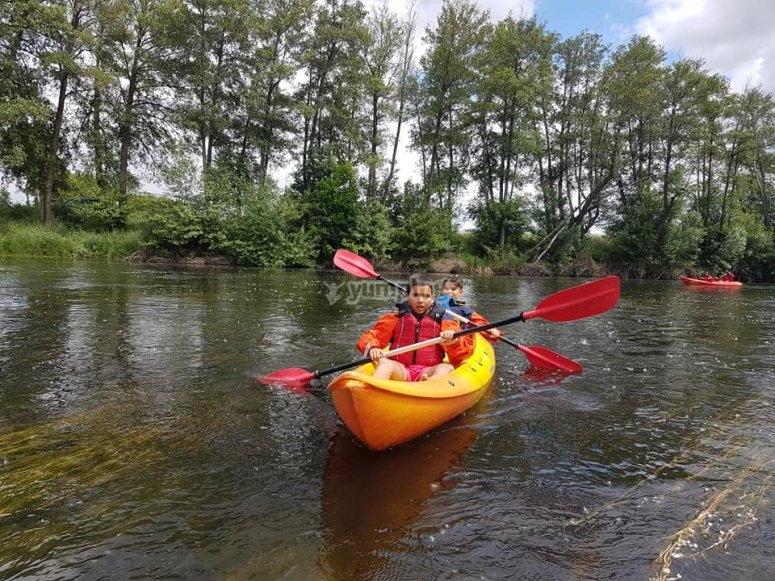 ruta en kayak por rio Salamanca