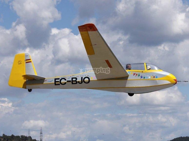 Volar en planeadora por Ódena