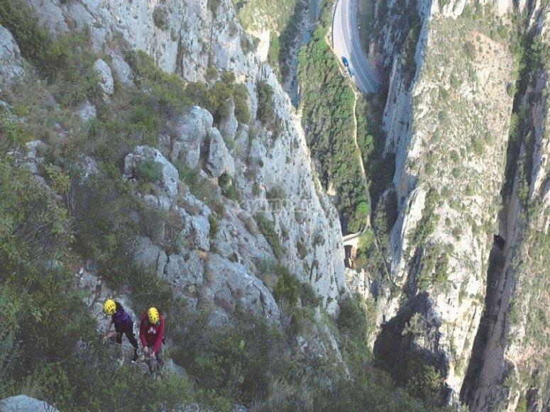 Sesión de vía ferrata en Huesca