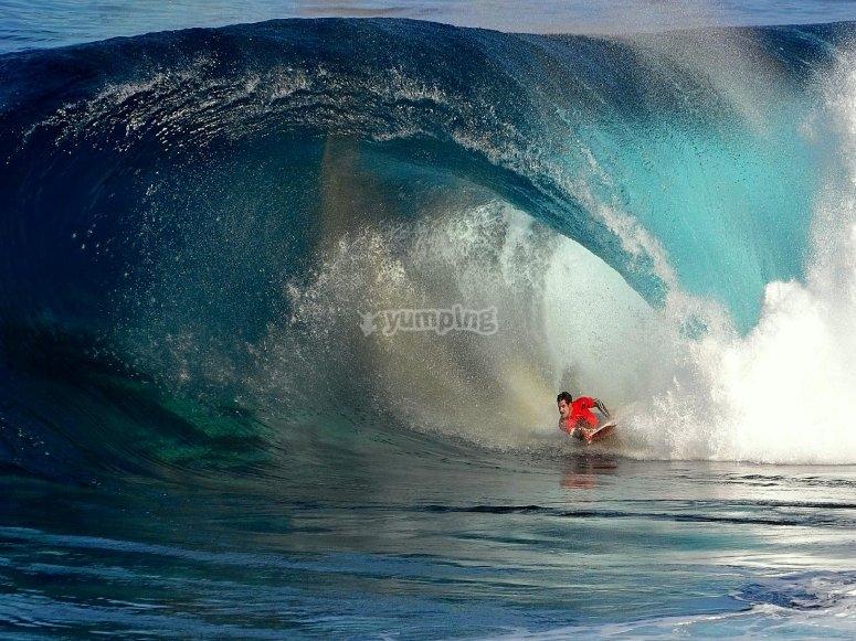 Huge wave