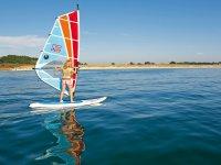 windsurf al sol