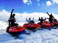 Group snowmobile outing