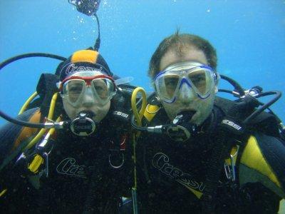 在蒂亚斯兰萨罗特岛潜水的洗礼