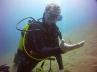 兰萨罗特岛的救援潜水员