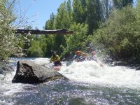 Entorno natural en descenso rafting