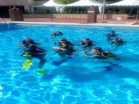 Entrenamiento en piscina