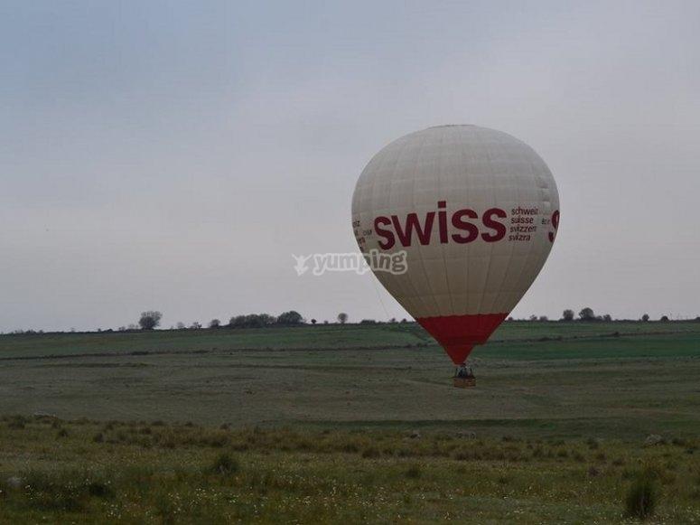 Comenzando el vuelo en globo en Madrid