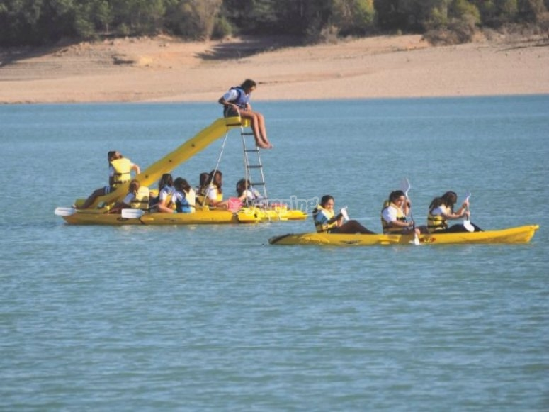 canoas e hidropedales