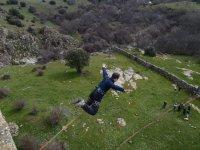 Salto con los brazos abiertos