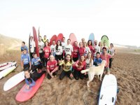 Group of surf mates