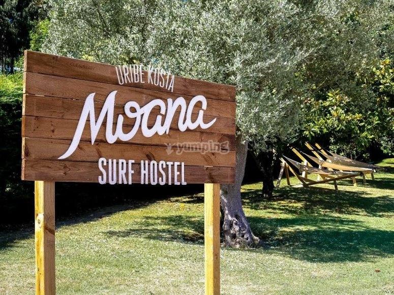 Cartel de bienvenida a Moana