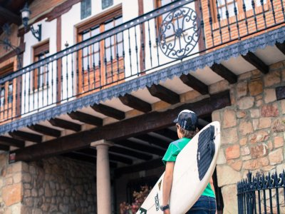 Surf Camp 8 d�as para ni�os en Sopelana