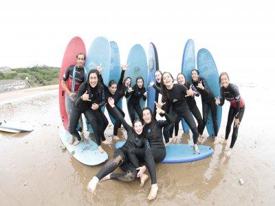 Surf Camp 8 giorni per bambini a Sopelana
