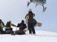 Cursos de esqui con helicoptero de apoyo