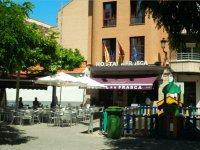 Fachada Hostal La Frasca