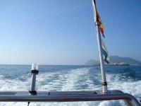 Attraversa le acque della Galizia