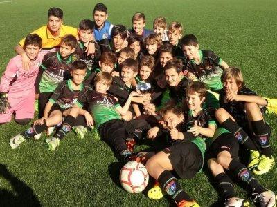 在莫拉塔拉斯马德里的校园足球1周