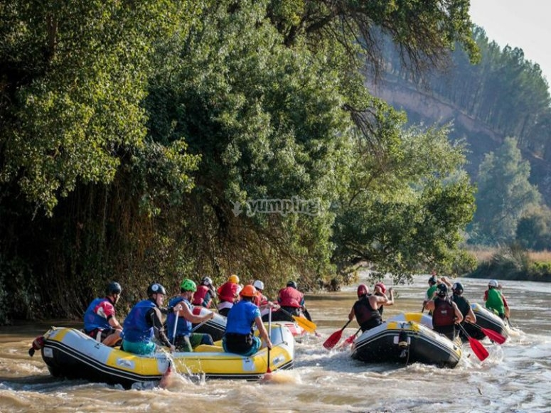 practica rafting.