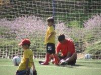 Jugando al fútbol en Madrid