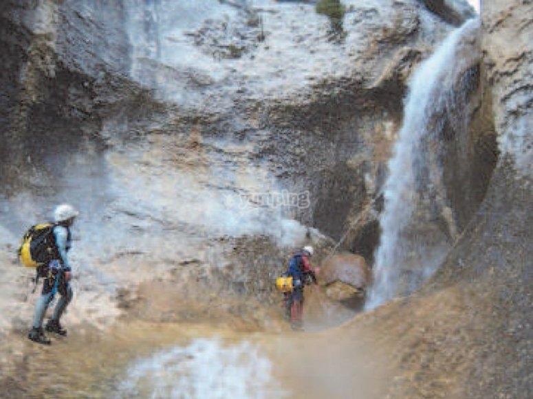 Descenso de barrancos, río Esera