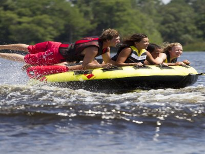 15 minutos de Donuts-Banana Boat en Port Forum