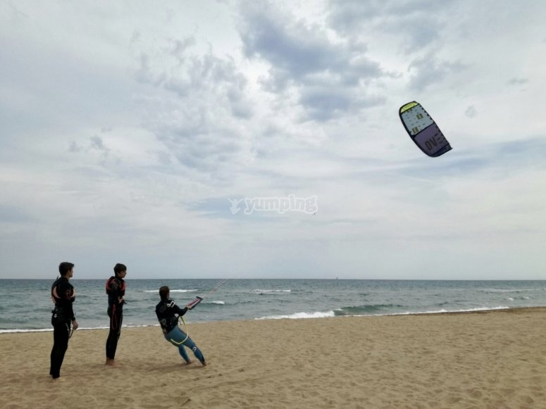 Kitesurfing session