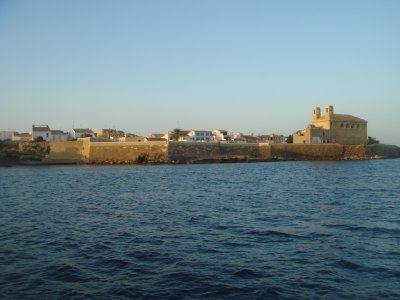 Regata en velero desde Alicante a Tabarca, 9 horas