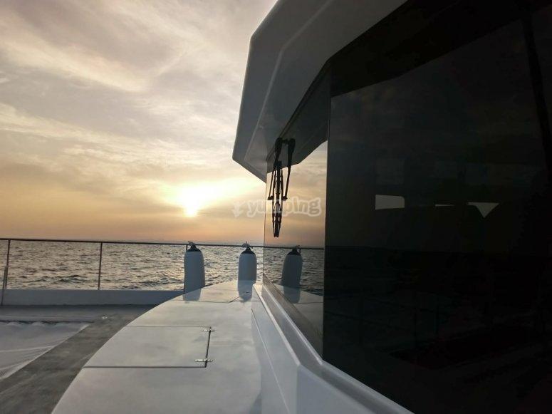 Paseo en barco por la costa dianense