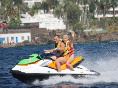 普拉奇奇卡的水上摩托车2人,20分钟