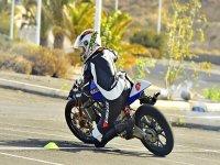 Clases de conducción de moto.