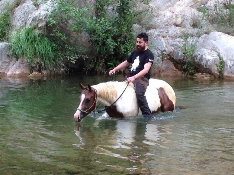 Con il cavallo nell'acqua