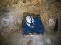 Espeleologia en cueva