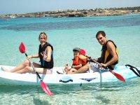 福门特拉岛独木舟游览家庭皮艇皮艇3