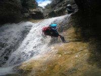 Bajando la cascada