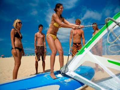 Initiation windsurf course in Corralejo