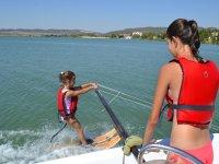 Iniciacion al esqui nautico en Cadiz