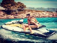 Sulla Costa Dorada con il jet ski