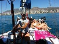 在Costa del sol乘船游览1小时