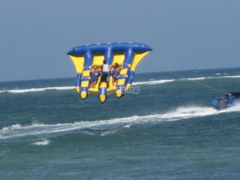 Flying on a banana boat