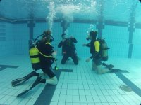 2h diving pool diving in Mostoles